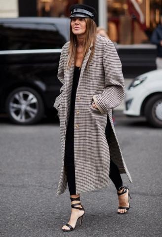 Παρίσι με καρό παλτό | tlife.gr