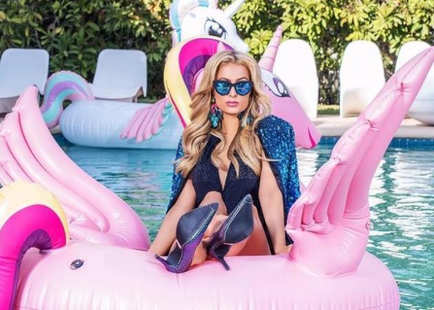 Η Paris Hilton θα βγάλει unicorn mist το 2018! Γιατί μπορεί!   tlife.gr