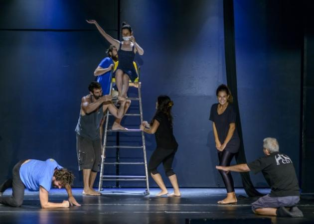 «Υπηρέτης δύο Αφεντάδων» στο Θέατρο Άλφα.Ιδέα | tlife.gr