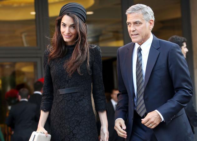 George και Αmal Clooney: Γιατί χάρισαν ακουστικά στους συνεπιβάτες τους στο αεροπλάνο; | tlife.gr