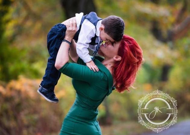 Αννέτ Αρτάνι: Φωτογραφίζεται με τον γιο της για τα 2α γενέθλιά του!   tlife.gr