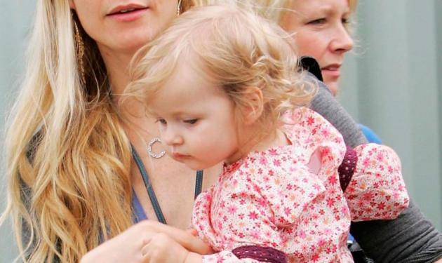 Η μικρή κόρη της Gwyneth Paltrow μεγάλωσε και είναι ίδια η μαμά της!   tlife.gr