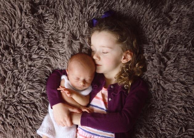 Νέο μωρό: Πώς θα βοηθήσεις το μικρό σου; Η Ψυχοπαιδαγωγική Σύμβουλος Χρυσούλα Μαυράκη απαντά