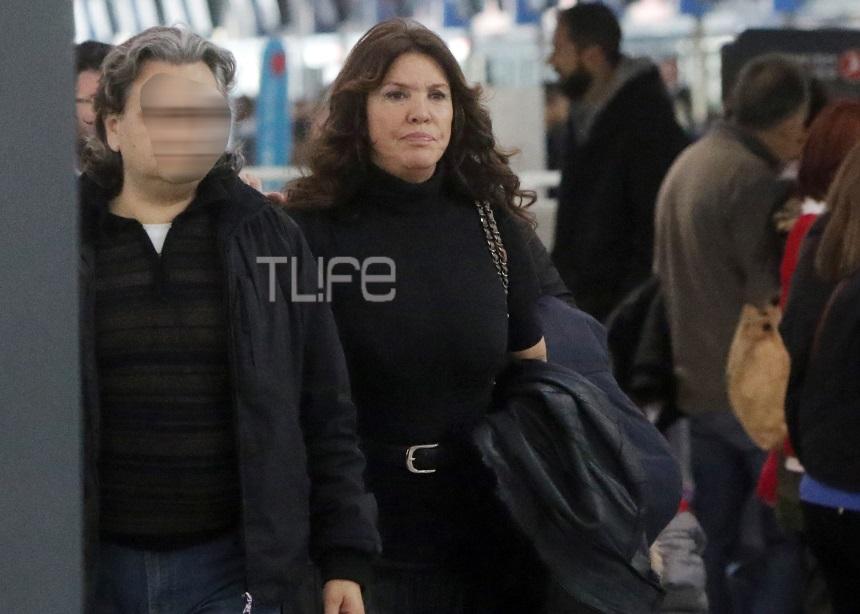 Βάνα Μπάρμπα: Το πρώτο ταξίδι μετά το τροχαίο [pics] | tlife.gr