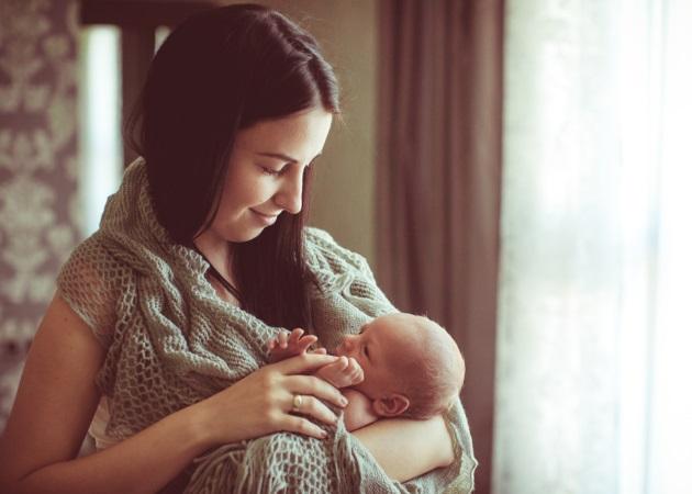 Εβδομάδα Μητρικού Θηλασμού: Γιορτάζοντας το θηλασμό και τις ευεργετικές ιδιότητές του | tlife.gr