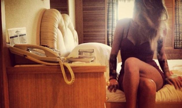 Ποια celebrity ανέβασε αυτή τη σέξι φωτογραφία στο instagram;