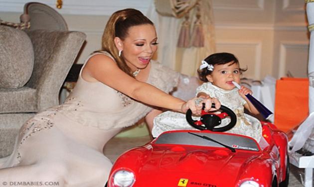 Τα δίδυμα της Mariah απέκτησαν την πρώτη τους ferrari