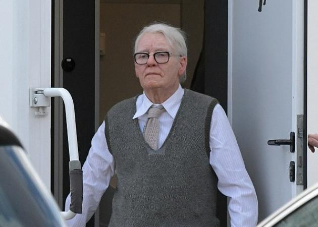 Απίστευτη μεταμόρφωση: Ο ηλικιωμένος άντρας που βλέπεις είναι διάσημη ηθοποιός του Χόλυγουντ! [pics]