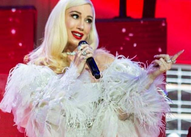 Gwen Stefani: Εντυπωσιακή εμφάνιση με Celia Kritharioti σε αμερικάνικο show! Βίντεο