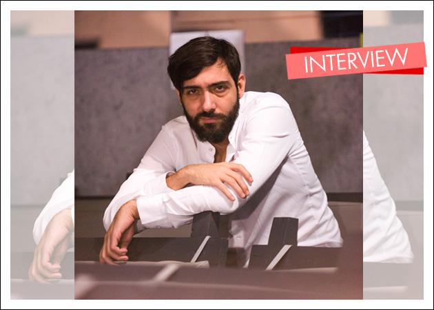 """Κωνσταντίνος Ασπιώτης στο TLIFE: """"Δεν θεωρώ ότι είμαι ένας ταλαντούχος ηθοποιός"""""""