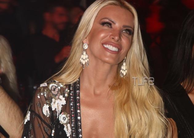Κατερίνα Καινούργιου: Σέξι εμφάνιση στην πρεμιέρα του Κωνσταντίνου Αργυρού [pics] | tlife.gr