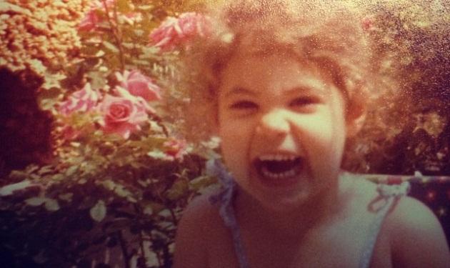 Αναγνωρίζεις την αγαπημένη ηθοποιό στο κοριτσάκι της φωτογραφίας;