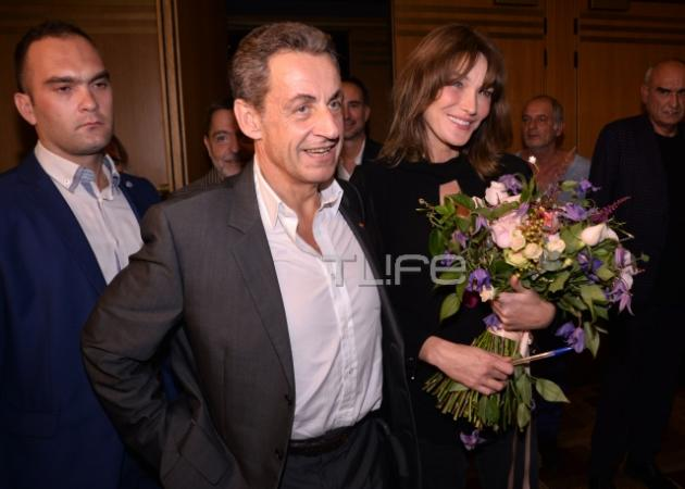 Nicolas Sarkozy – Carla Bruni: Με ποια κούκλα Ελληνίδα πολιτικό συναντήθηκαν στο Παλλάς; | tlife.gr
