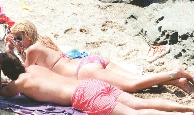 Ε. Μενεγάκη: Ξέγνοιαστες στιγμές με το Ματέο στην Άνδρο!