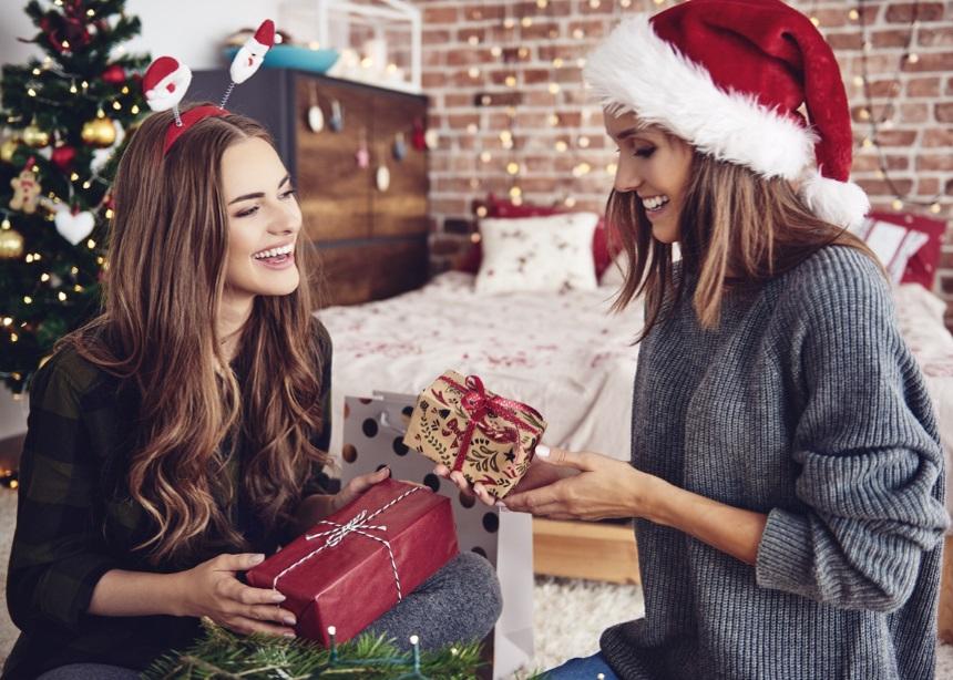 Αυτές τις γιορτές κάνε… Unbox τη μαγεία των Χριστουγέννων!