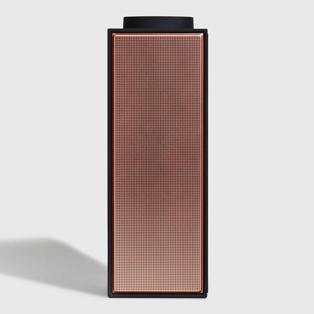   Speaker i-D Concept Stores, Golden Hall