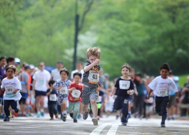 Παιδί και αθλητισμός: Πόσα σπορ μπορεί να κάνει ένα παιδί και τι οφέλη θα έχουν; Οι ειδικοί απαντούν | tlife.gr