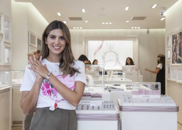 Σταματίνα Τσιμτσιλή: Στηρίζει τον αγώνα ενάντια στον καρκίνο του μαστού!