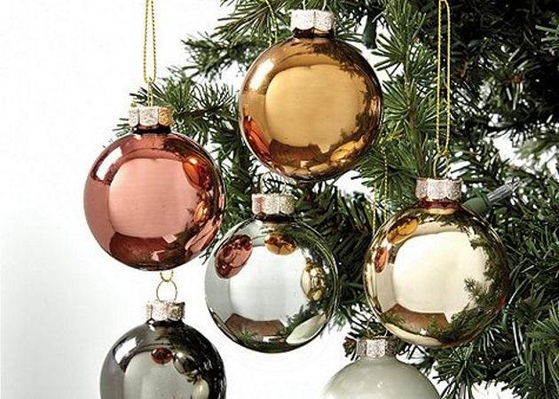 So this is Christmas? Ετοιμάσου, λοιπόν, για το δέντρο και βρες με ποιο τρόπο θα το στολίσεις!