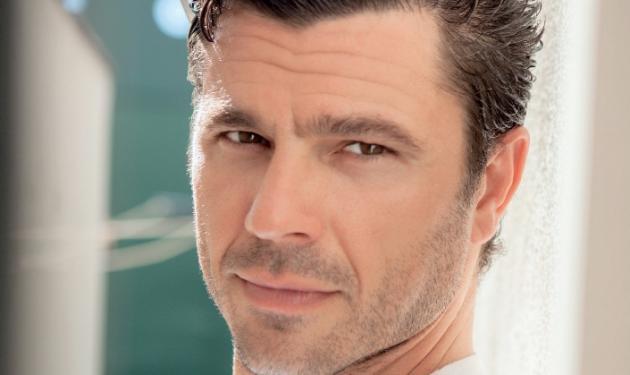 Χρήστος Βασιλόπουλος: «Θα ήθελα να γίνω ο πατέρας που δεν είχα ποτέ» | tlife.gr