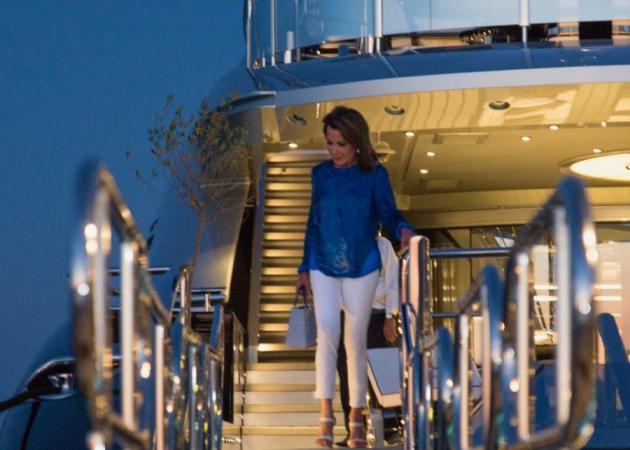 Γιάννα Αγγελοπούλου: Διακοπές στην Ιθάκη με το νέο της σκάφος! [pic] | tlife.gr