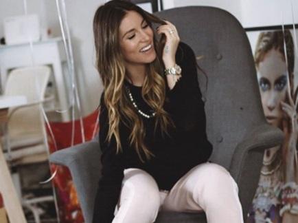 Αθηνά Οικονομάκου: Διασκέδασε με την ψυχή της σε club στην Αράχωβα! video | tlife.gr