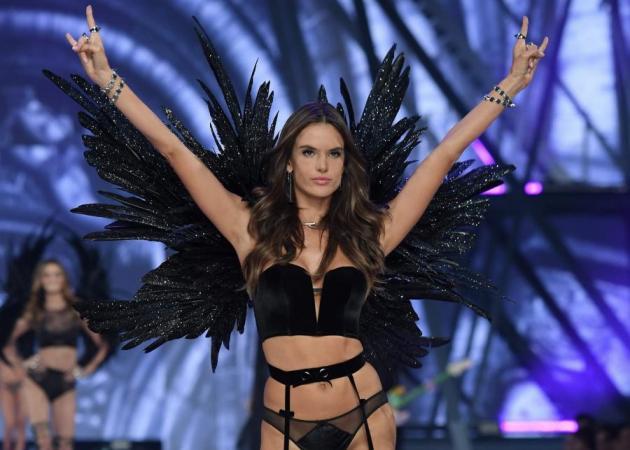 Alessandra Ambrosio: Ήρθε στην Ελλάδα! [pic] | tlife.gr