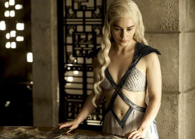 """Η """"Khaleesi"""" του Game of Thrones ήρθε στην Μύκονο! [pic]"""