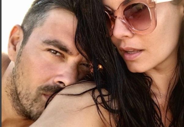 Μαρία Κορινθίου: Η πιο … «ερωτευμένη» ευχή στον Γιάννη Αϊβάζη για τη γιορτή του! | tlife.gr