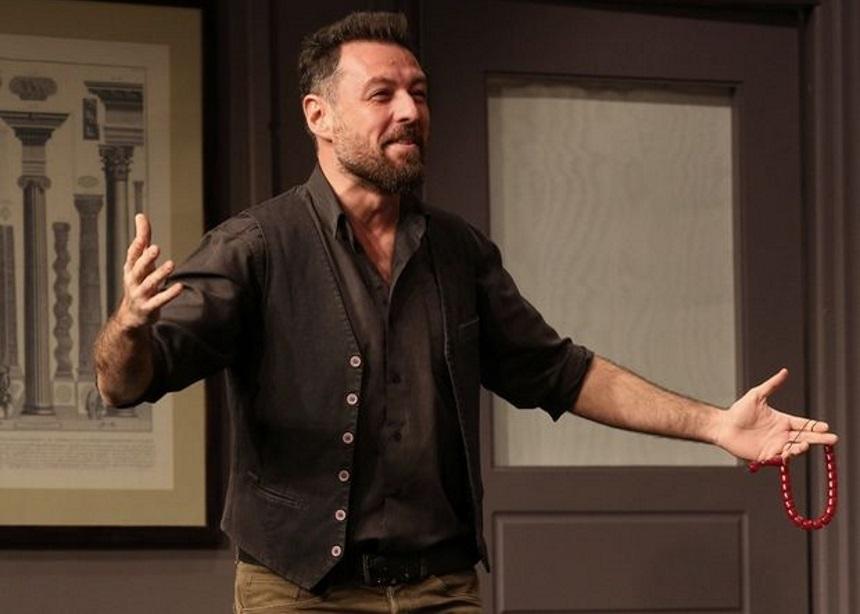 Τι λέει στην Tatiana Live ο Μάνος Παπαγιάννης μετά την καταγγελία της Σοφίας Παυλίδου ότι έπεσε θύμα ξυλοδαρμού από τον ίδιο