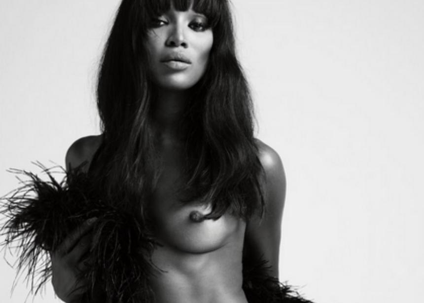 Naomi Campbell: Ποζάρει γυμνή για το περιοδικό Love και ρίχνει το Instagram!   tlife.gr