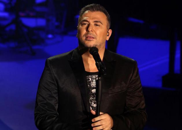 Αντώνης Ρέμος: Η συγκινητική έκπληξη στα γενέθλια του τραγουδιστή! Video | tlife.gr