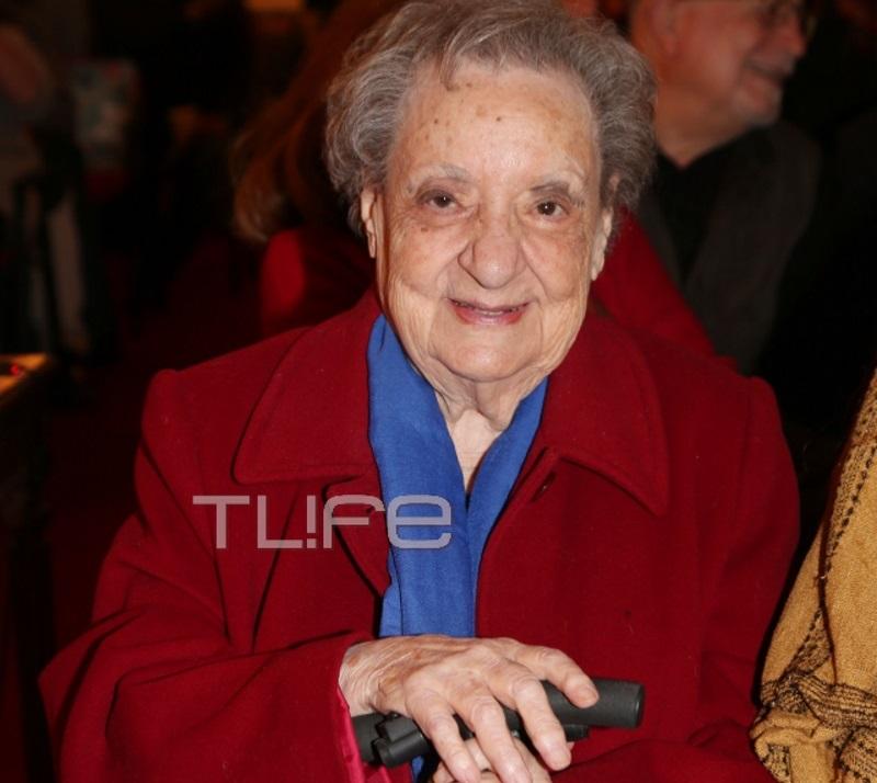 Ροζίτα Σώκου: Παρουσίασε το βιβλίο της, με την κόρη της στο πλευρό της! | tlife.gr