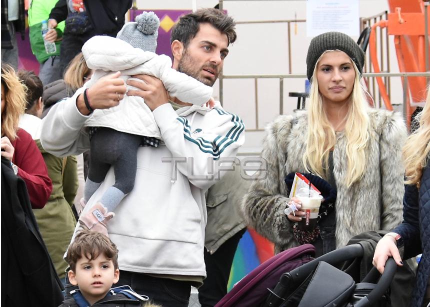 Στέλιος Χανταμπάκης – Όλγα Πηλιάκη: Στιγμές οικογενειακής ευτυχίας με τα παιδιά τους! [pics] | tlife.gr
