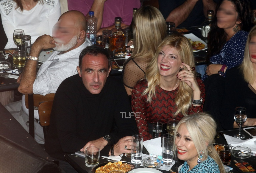 Νίκος Αλιάγας – Tίνα Γρηγορίου: Τρυφερές στιγμές σε νυχτερινή τους έξοδο στην Αθήνα! [pics,vid] | tlife.gr