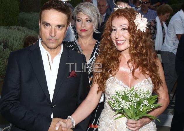 Έφη Κοντού – Ανδρέας Γιατράκος: Λαμπερός γάμος στο island! [pics] | tlife.gr