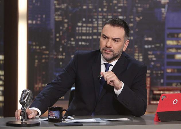 Εντάξει, έτσι δεν έχεις ξανά δει τον Γρηγόρη Αρναούτογλου! | tlife.gr