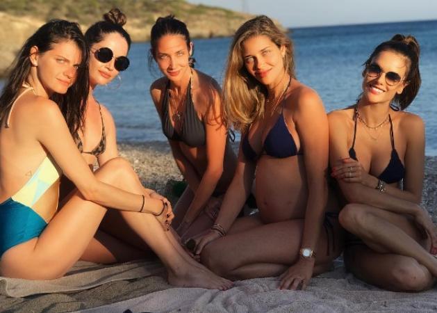 Ana Beatriz Barros: Το φωτογραφικό άλμπουμ της σέξι εγκυμονούσας καλλονής στην Μύκονο! [pics,video]   tlife.gr