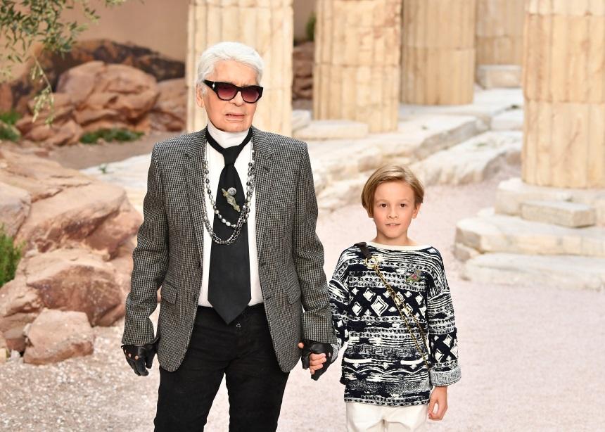 Ο κούκλος bodyguard του Karl Lagerfeld σχεδιάζει την πρώτη του συλλογή! | tlife.gr