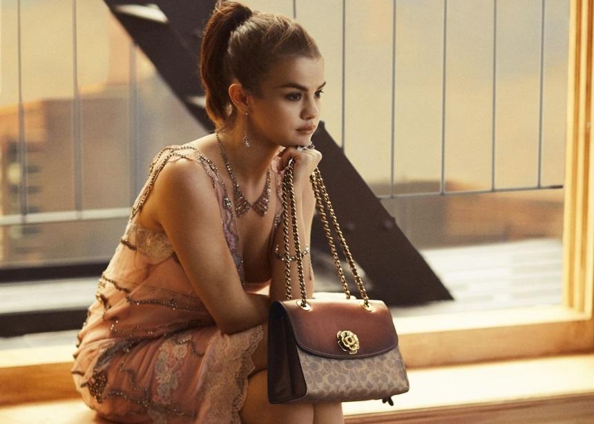 Η Selena Gomez στην νέα campaign της Coach! | tlife.gr