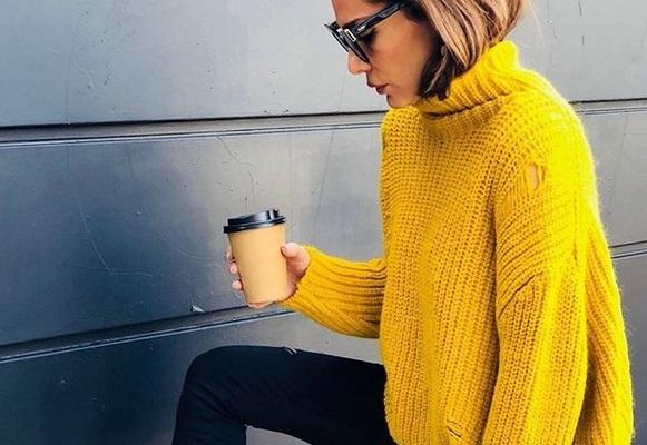 Δέσποινα Βανδή: Διάλειμμα για βόλτα και καφέ στην κολλητή της! | tlife.gr