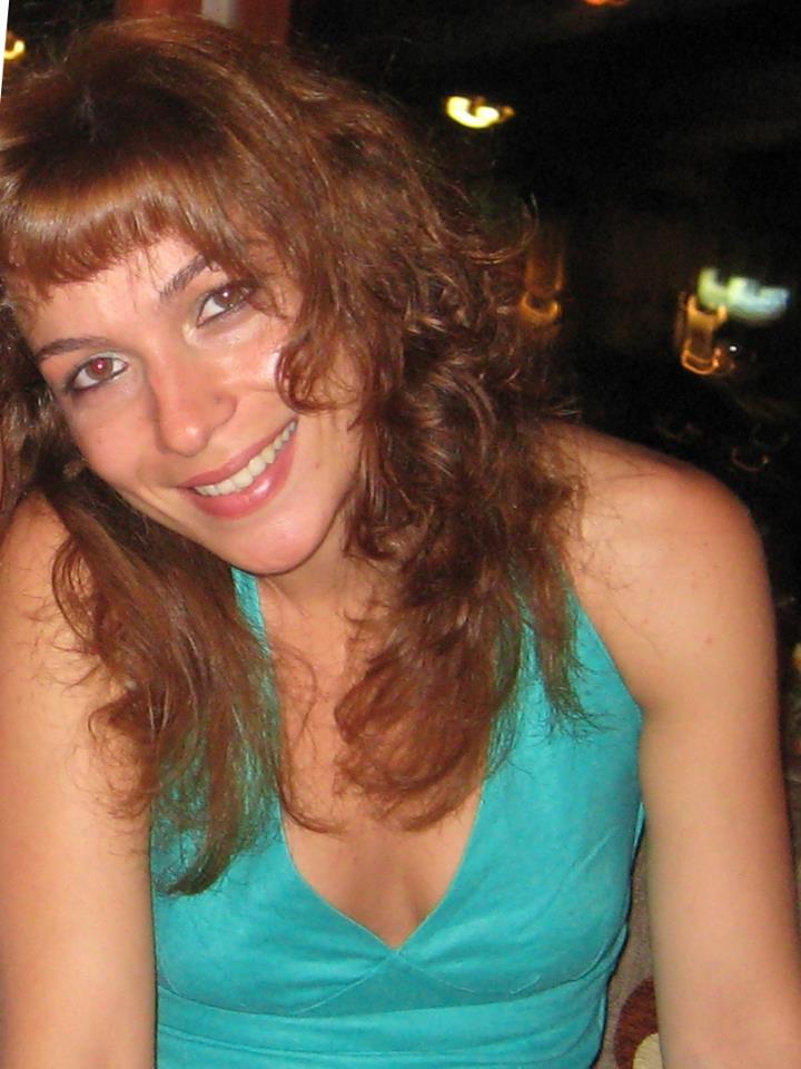 Θρίλερ με τον θάνατο της 37χρονης Ελληνίδας εικαστικού – Ήταν 20 μέρες νεκρή στο διαμέρισμά της [pics]