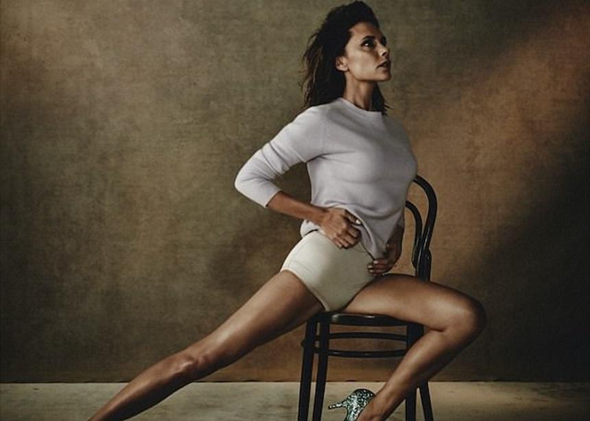 """Η Victoria Beckham """"βάφτισε"""" τις γόβες της. Μάντεψε πως!   tlife.gr"""