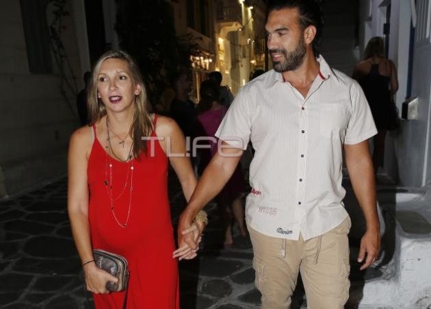 Φανή Χαλκιά: Βόλτες με τον αγαπημένο της στην Μύκονο, περιμένοντας τον πελαργό! | tlife.gr
