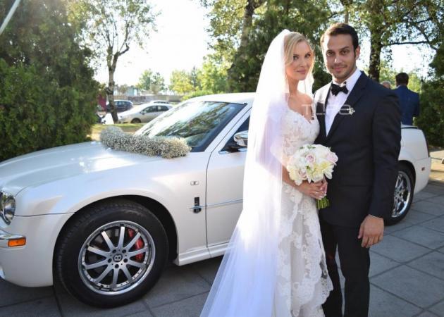 Χριστίνα Αλούπη – Κωνσταντίνος Κέφαλος: Το φωτογραφικό άλμπουμ του γάμου τους! [pics]