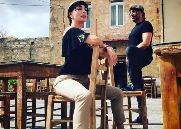 Σμαράγδα Καρύδη – Θοδωρής Αθερίδης: Όμορφες στιγμές στην Κρήτη!