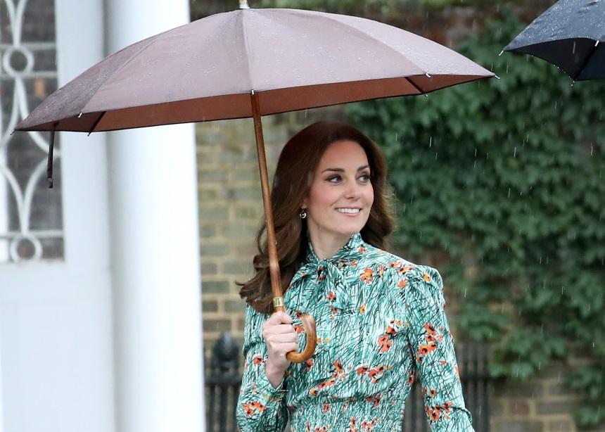 Kate Middleton: Το ανοιξιάτικο look που επέλεξε κοστίζει μόνο 65 λίρες | tlife.gr