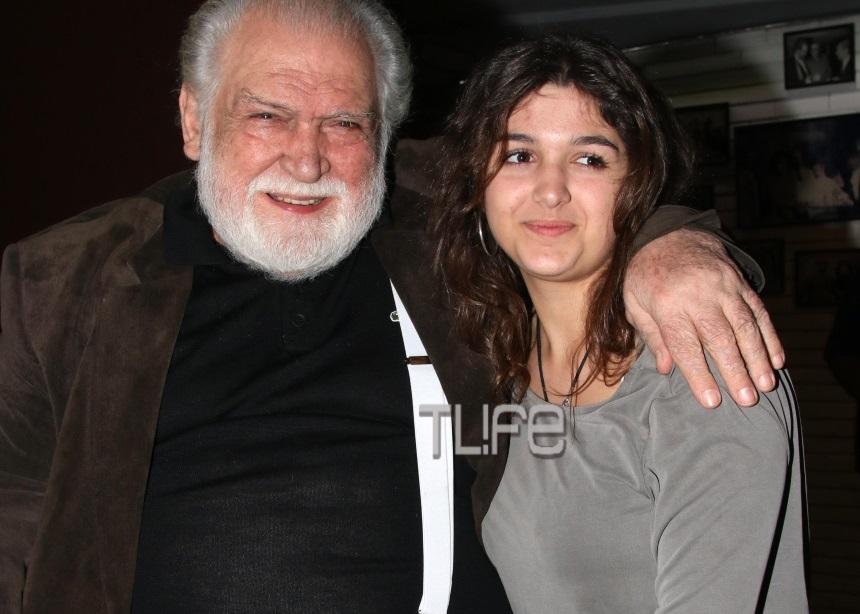 Κώστας Καζάκος: Σπάνια εμφάνιση με την 16χρονη κόρη του [pics] | tlife.gr