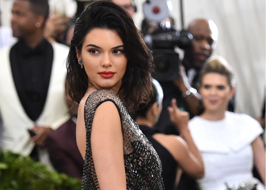 Το στιλ της Kendall Jenner που πρέπει οπωσδήποτε να αντιγράψεις (και μπορείς) | tlife.gr