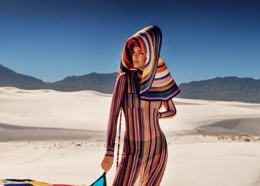 H Κendall Jenner φωτογραφίζεται στην έρημο του Μεξικό | tlife.gr